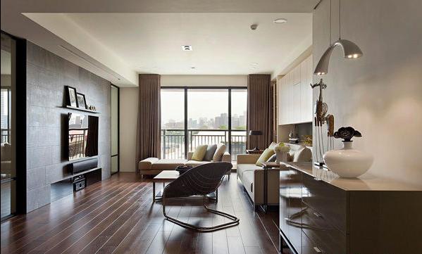 能从客厅看到电视背景墙,玻璃的地方是可以打开移动的,对面的设计是书房。