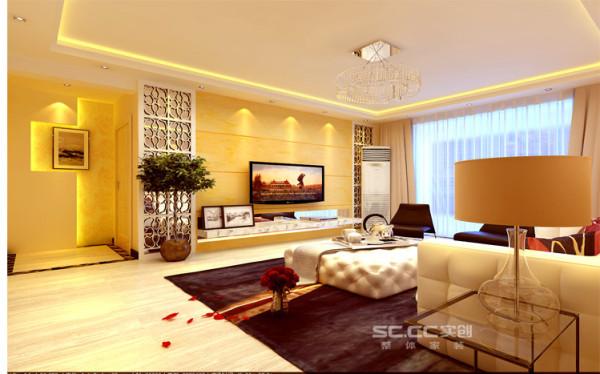 客厅设计:温馨而舒适的灯光,简洁时尚的烤漆玻璃搭配大气的石材做背景,整个电视背景墙给人以温馨、舒适,同时在视觉效果上又有高端大气的感觉。