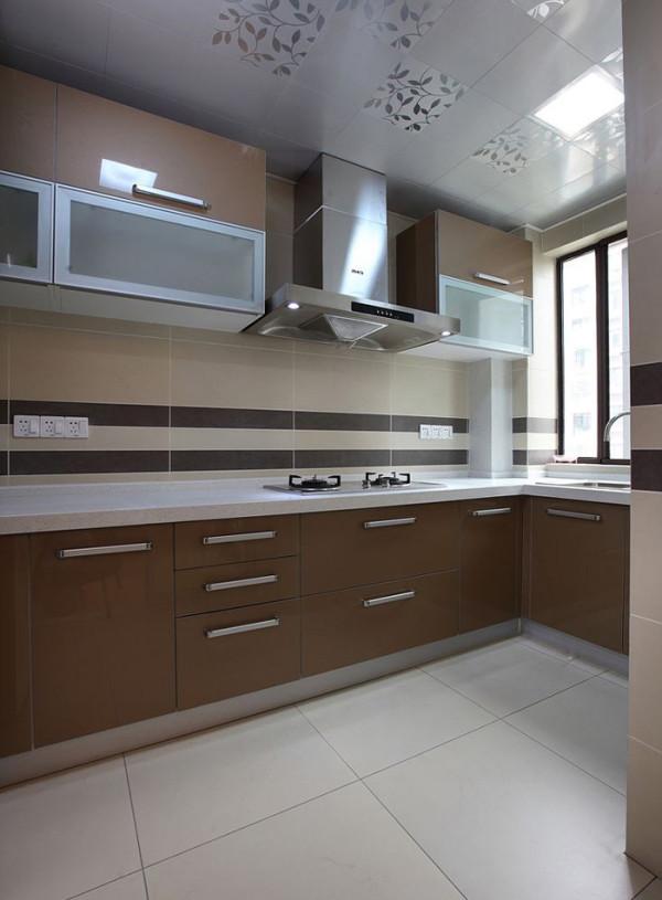 怡佳家园(135平)四居室户型现代简约风格厨房效果图展示