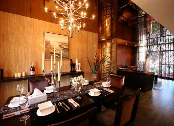 餐厅的混搭风格糅合东西方美学精华元素,将古今文化内涵完美地结合于一体