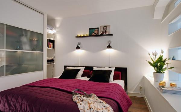 纯色的床品更能打造浪漫的气息