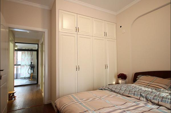 卧室与衣柜