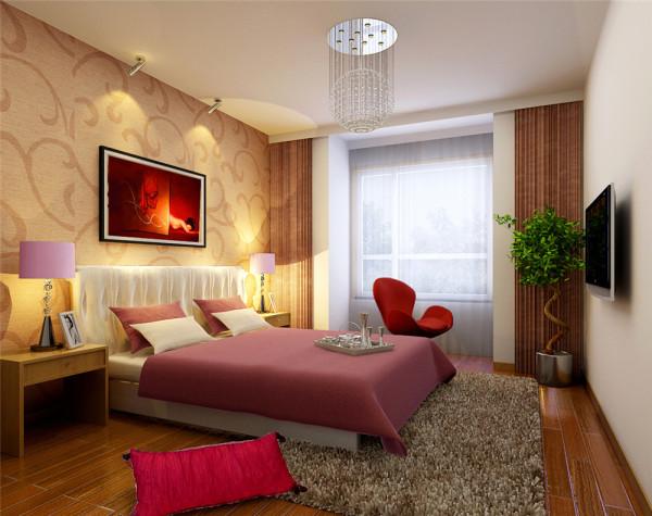 乡村风格素雅的色彩是让人钟爱的,而家具除在颜色上以白和木色为主,呼应了整体风格之外,手工布面和造型的精细,也是生活态度的一种体现。步入式的衣帽间,既美观又实用,成为卧室的一个亮点。