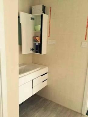 简约 三居 宜家 大新华府 装修 卫生间图片来自南京实创装饰夏雨荷在大新华府二手房翻新的分享