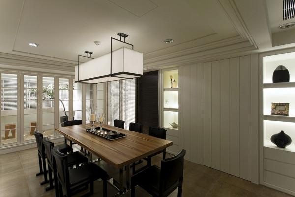 餐厅装修设计线条简单、装饰元素现代风格家具需要完美的软装配合,软装到位是现代风格家具装饰的关键。