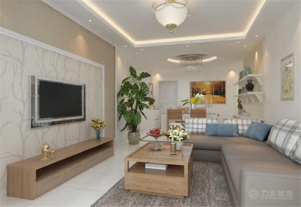 客厅电视背景墙采用AB板模式,中间运用混油圈线做的造型,美观大方