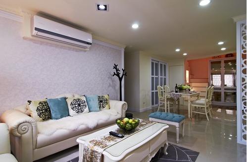 客厅 现代古典线条的家具妆点出空间的浪漫意象。