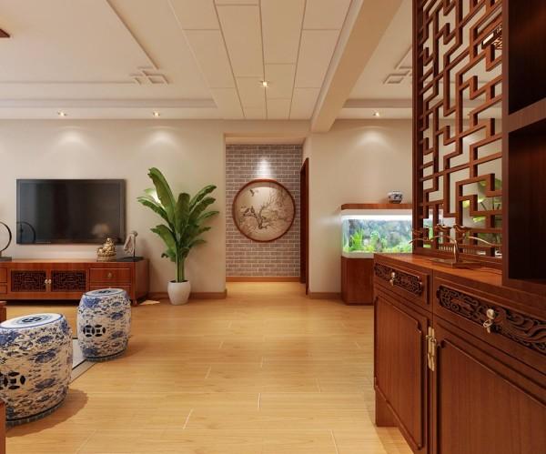 走廊位置的设计效果,这里是玄关的角度。进门的右手侧是餐厅,在这里设置了鞋柜和隔断,将餐厅很好的和走廊分隔开,保证了就餐的安静。