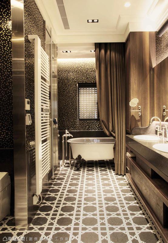 本案中特殊质材的使用,是整体设计的亮点之一,例如马赛克的立面表现,搭配图腾式的地坪铺陈,构组出丰富的视觉层次。