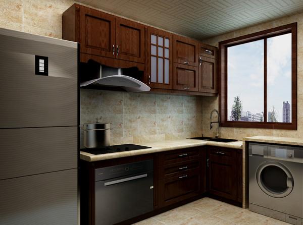 厨房设计方面讲究实用性,冰箱放置在厨房的一侧,吊柜做满这样在使用过程中不会为收纳感到苦恼。