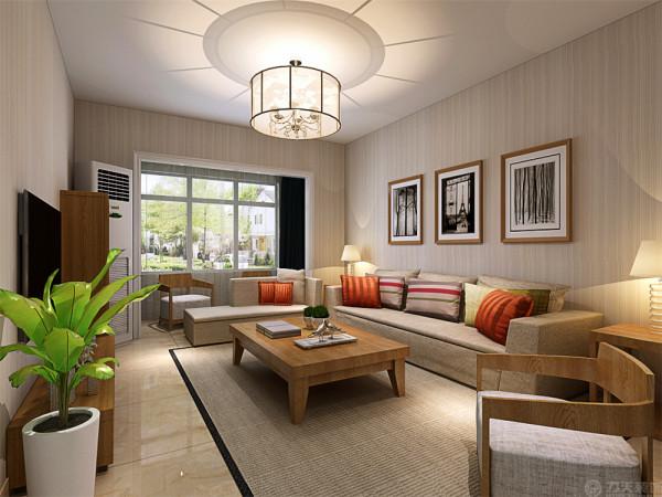 在家具的选择上采用了比较传统的浅色木纹 作为茶几以及电视柜的选材上,米黄色的布衣的沙发以及橘色的靠垫这样的搭配给人一种清新自然的感觉,柔软的布衣沙发,体现这宽松大气的体现。