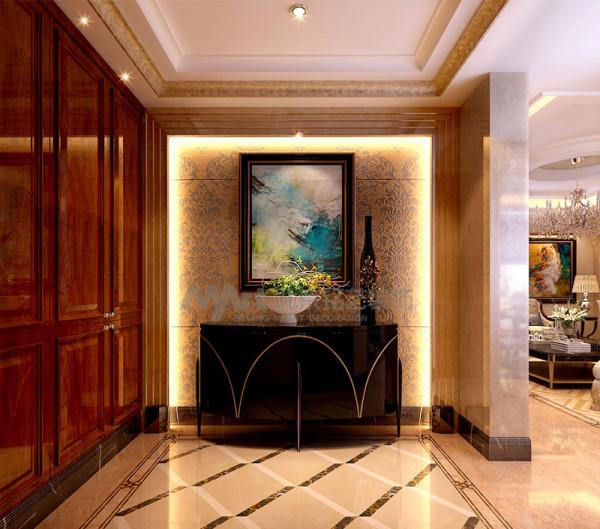 设计师以色彩和陈设来丰富不同区域的使用功能,同时保留了古典家具的醇美,客厅石材的使用又增加了新的元素,也增加了空间华美的程度。