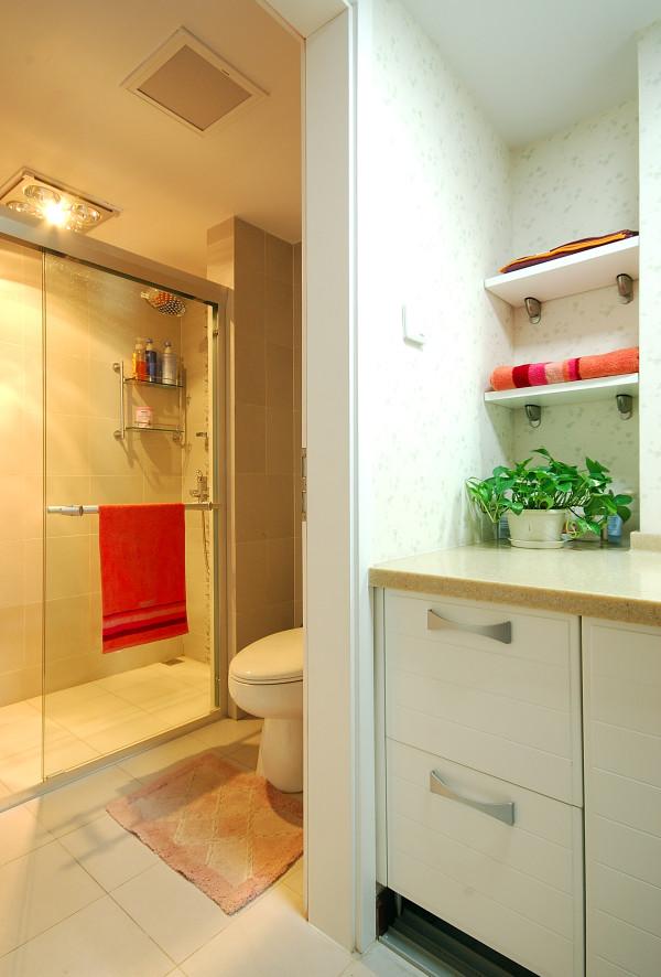 混搭三居别墅白领收纳旧房改造80后小资实创卫生间装修效果图片 装高清图片
