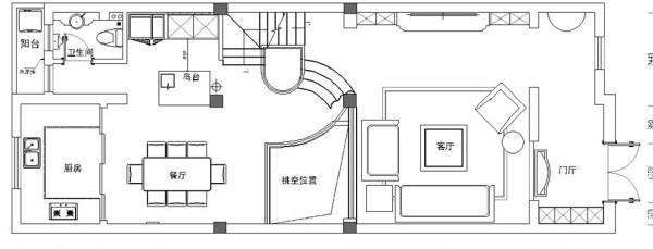 充分利用楼道空间,将其设计为衣帽间,从而满足了居家生活的要求;倚坐窗旁细细品味,尊贵与灵动互补,清新与优雅融合沁人心脾。