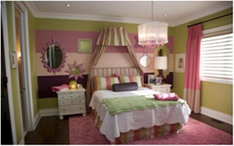 设计理念:儿童房的设计主要以粉红色为主,让空间变得动感十足                            亮点:白色家具和粉色窗帘的色调搭配,让儿童房的空间变得自由而充满童趣