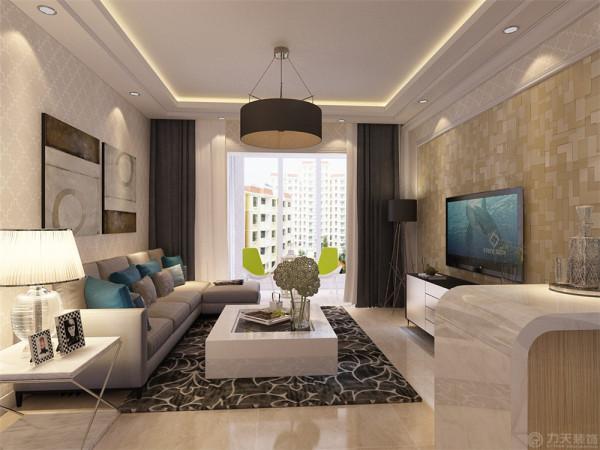 业主是一对二十多岁的年轻夫妇 所以定位为现代简约风格,在客厅我们选择了银光格子壁纸,电视背景墙选择偏现代的亮光壁纸搭配石膏板造型,简单又不失现代