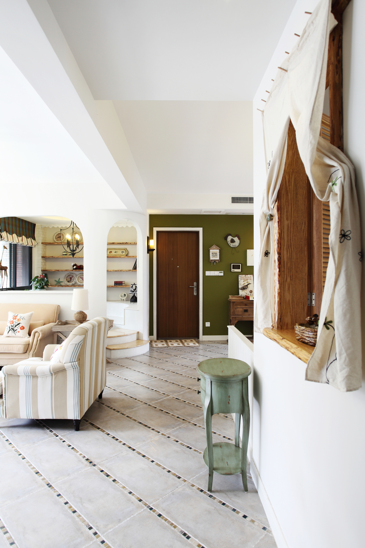 客厅图片来自小若爱雨在设计让整个空间得到利用的分享