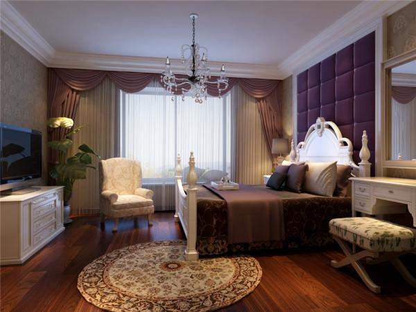不同质地、不同造型的沙发突破了传统式沙发整齐划一的格局,让整个客厅空间灵动起来。