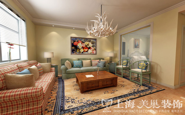 永威翡翠城两室两厅90平美式混搭装修案例效果图——客厅沙发背景墙效果图