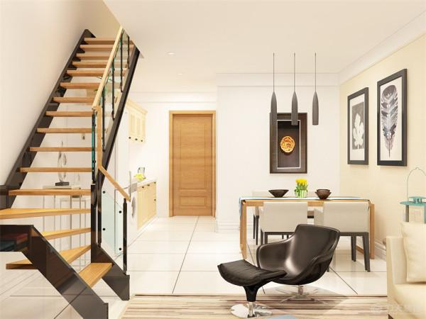 客厅的背景墙做成了书架的形式,在中间镂空的地方设置了电视的区域,我们在做二楼楼梯的时候也是采用了原生态木质的楼梯再加以米色墙色与白顶的搭配,