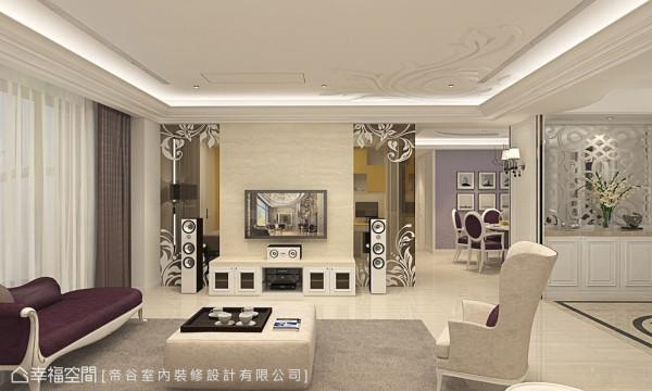 客厅与书房的隔间,利用石材电视墙及茶玻为界定,其穿透的视觉特性,让空间保有通透视感;而茶玻立面上的花卉图腾,丰富空间立面表情,并与天花板的雕花造型相互呼应。
