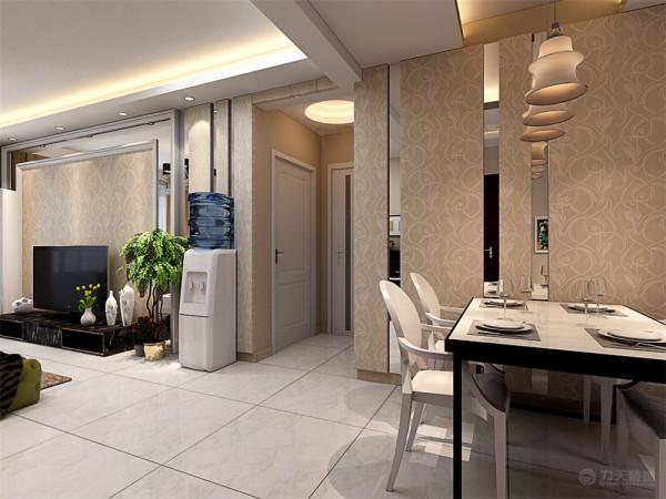 这样在视觉效果上看起来更加的真实美感。采餐厅部分采用三盏吊灯作为光源,玄关的入口处采用雕花板作为装饰。