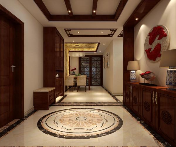 这里是入户位置的玄关,地面的展示效果,地面入户位置用瓷砖拼花。中式的风格拼花非常的美观大气实用。