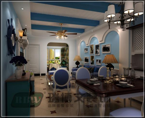 在功能方面,客厅是主任品味的象征,体现了主人品格,地位,也是交友娱乐的场合。客厅顶部采用假梁与拉缝来做造型,使空间更具有立体感,更能体现地中海风格的效果。