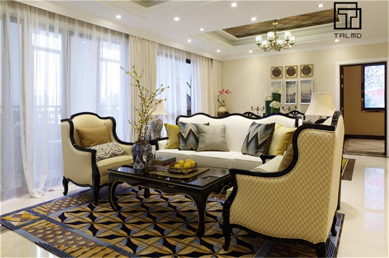 三居 家具定制 新古典 客厅图片来自TALMD图迈家居在【TALMD案例】新古典·桂林彰泰的分享