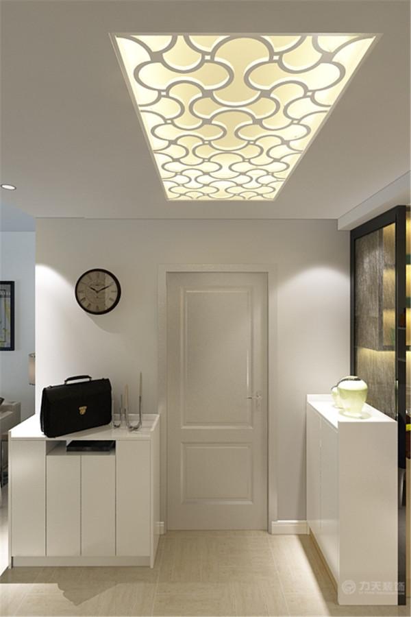 这是一套天津景瑞花园2室1厅1厨1卫98㎡的户型。此次设计方案定义为简约风格。