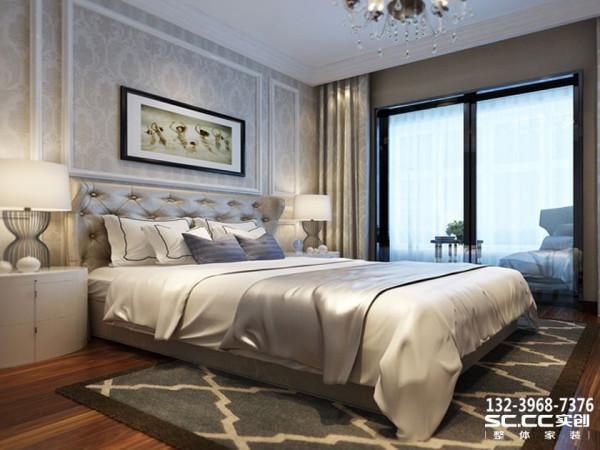 设计 理念主卧的色调就会柔和很多,采用了助于休憩的暖色和中性色,床头加了一些与软包床头满足男主人的读书爱好,主卧加了推拉门同时也是为了方便阳台的空间使用,保证足够的私密性与隔音效果。