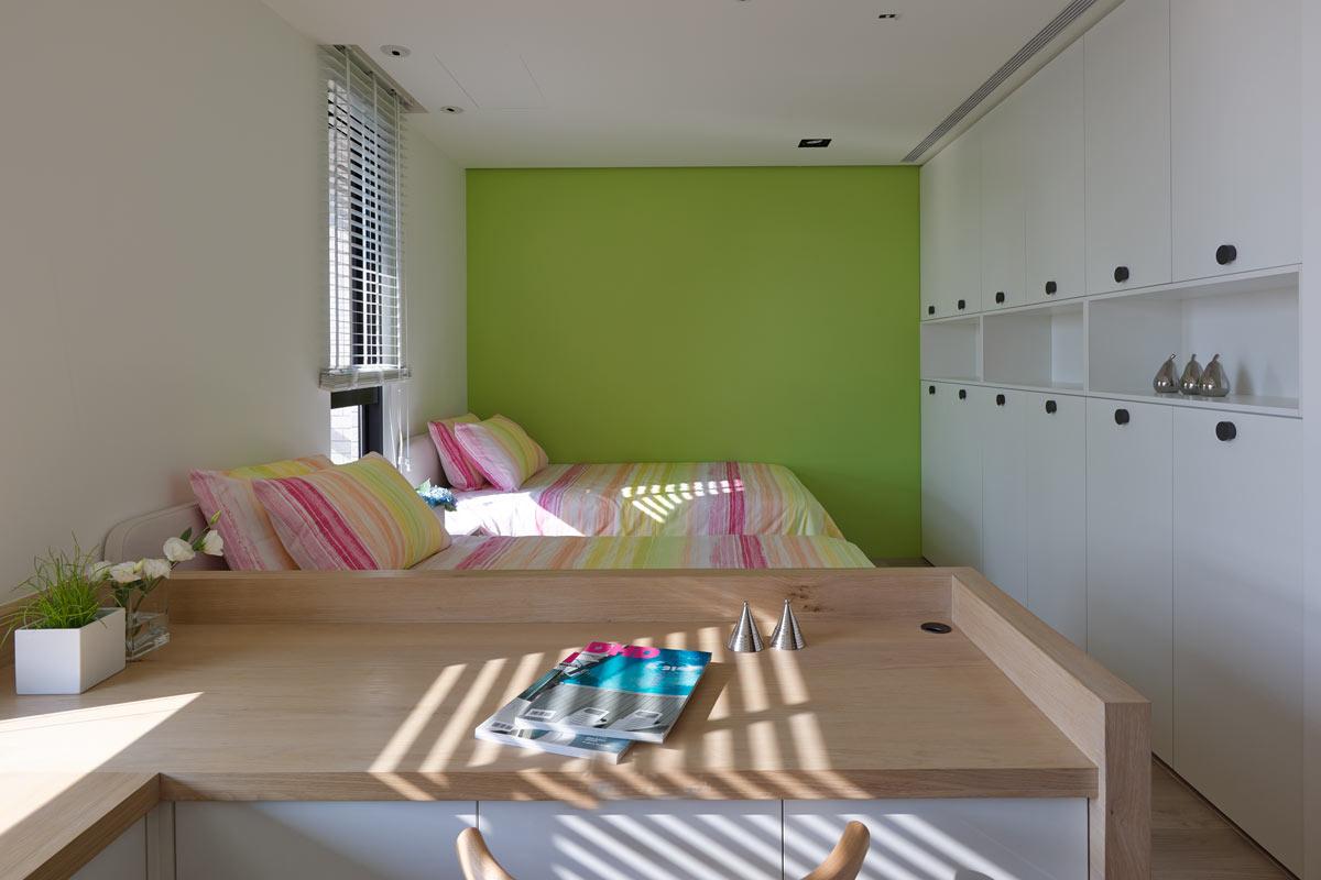 卧室图片来自今朝装饰小闫在原木质简约风格的分享