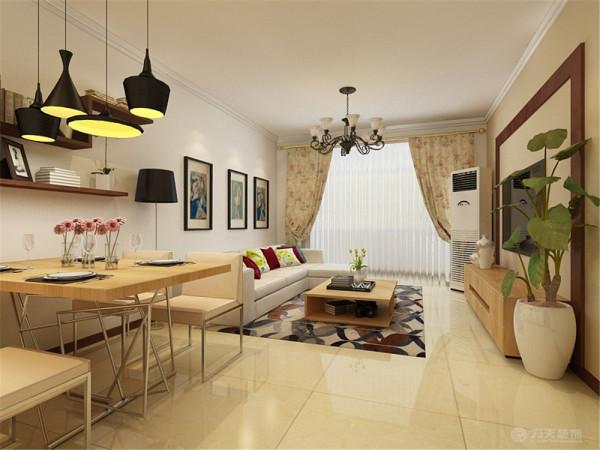电视背景墙用木板圈框,简约大方。整体色调以暖色为主,显得简约温馨,自然舒适。