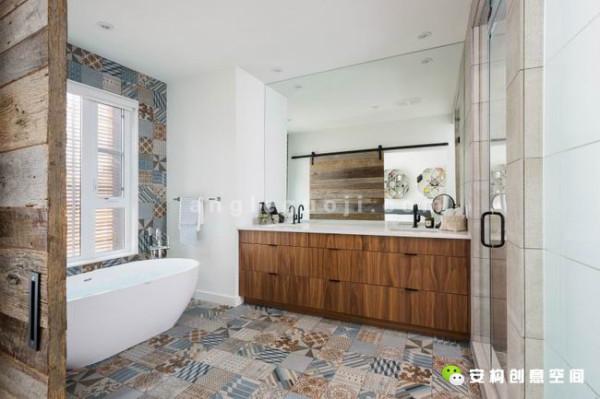山核桃木的外墙装饰,不锈钢材质的电视墙,摩洛哥风格的雕花瓷砖,多元素的融合,独特的选材用料让空间独具韵味。