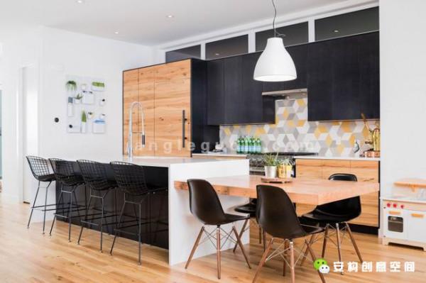 住宅希望设计师能融入当地的特色文化,来增加房子的艺术气氛。