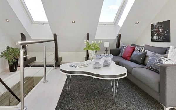 空间利用的十分的巧妙,白色为底,淡紫色和蓝色点缀,清新优雅,用镂空简易楼梯代替了厚实的围栏,不会因此带来压抑,加盖的阁楼部分为客厅和卧室,色彩与材质的选择都恰到好处,舒适温暖!