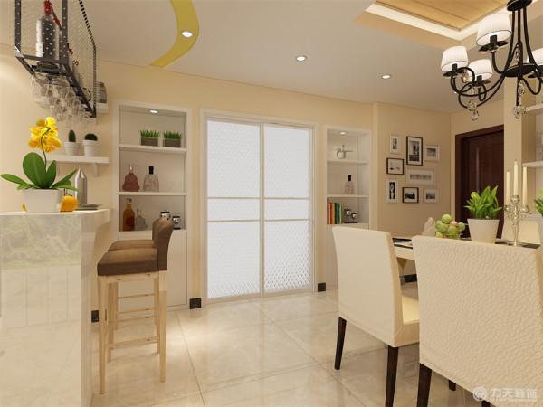 这个吧台的位置放置的很巧妙,很完美的区分了客餐厅,同时又可作为屏风、亦或小玄关,让人在入户后,视觉有些缓和,让人感觉空间有层次感,不能一眼望穿。