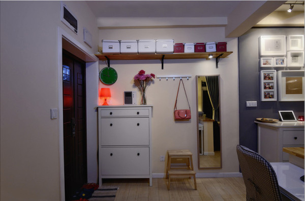 保利花园毛坯房实创装修的, 入户门的设计
