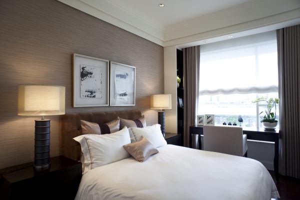 卧室的全貌和特写。