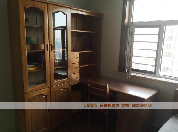卧室纯实木书桌椅、书柜