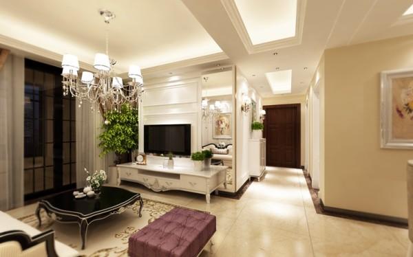 客厅设计: 华丽高贵的吊灯十分耀眼,一颗颗晶莹剔透的水晶散发出夺目的光彩,光影变幻间,营造出优雅奢华的空间感。