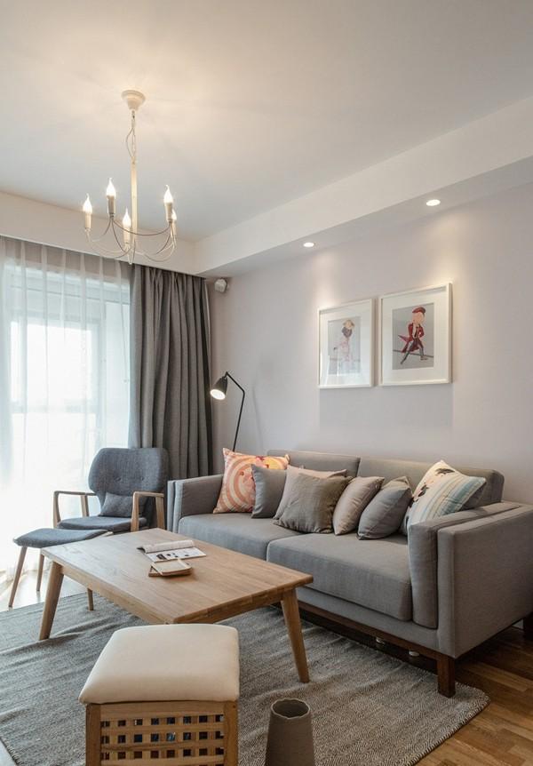 日式风格,必然少不了有质感的布艺沙发。