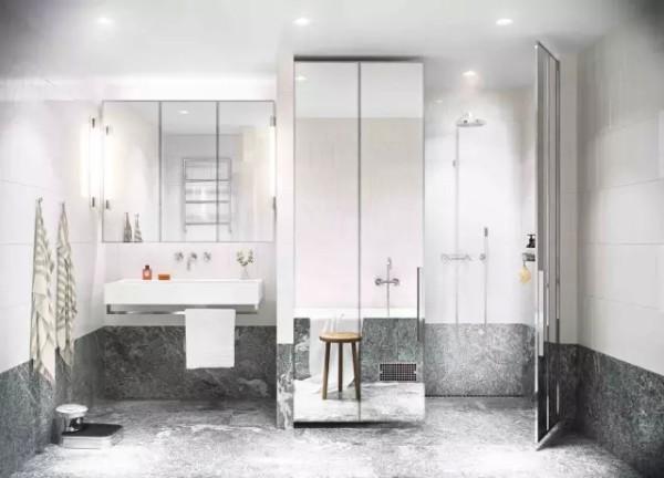 由于浴室的空间足够大,能给人彻底放松的感觉