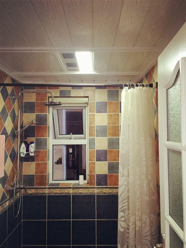 浴室有点地中海的风格,雅巢风暖浴霸为这个冬天增添一分温暖。