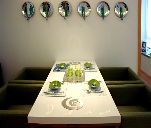 餐桌背景墙很有文艺气息