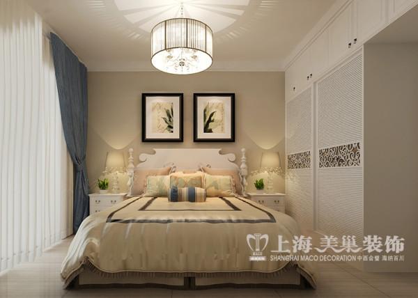 鑫苑世家两室两厅装修现代案例88平样板间——主卧全景,自然就成为家居设计的一种风尚。注重大小色块间的组合,地域性的后期配饰融入设计风格之中。