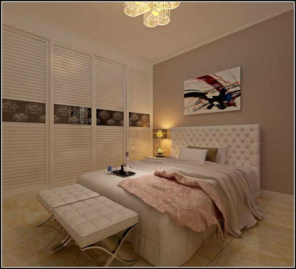 嵌入式的衣柜不仅节省了空间而且不留死角方便清洁,后现代感十足的卧室,时尚范十足。