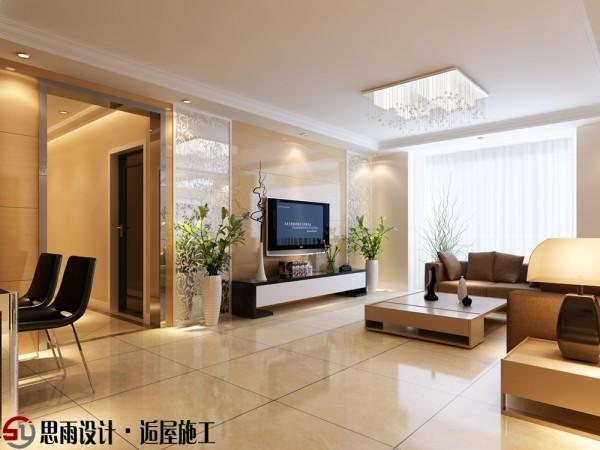 客厅设计电视主墙采用对称的白色印花镜面造型,中间深色的大理石,间接的衬托出分明的层次。麦芽黄大面积墙漆色把格调优雅的呈现出来,白色烤漆印花镜面让材质在原有基础上体现出不同的感觉。