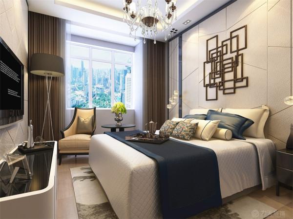床头背景墙和电视背景墙采用皮质装饰,床头背景墙做简单的拉花造型。卫生间和客餐厅,卧室一样采用暖色为主,使用浅黄色瓷砖铺设墙面及地面,整体以暖色简洁的装饰手法诠释现代风格的意义。