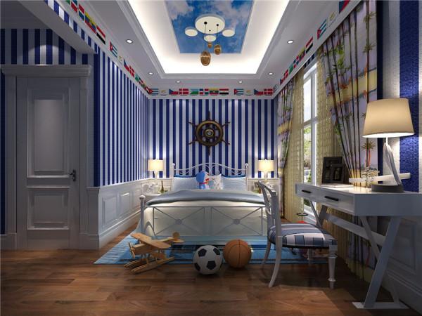 儿童房:和其它房间相比,儿童房的颜色层次就丰富得多了,蓝色和白色交替的墙、浅蓝色的床单、白色的床架和床头柜,全部色彩都由自己搭配,整体装饰俏皮可爱。